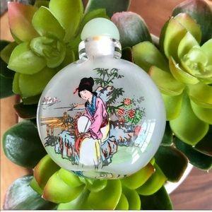 Vintage oriental miniature round snuff bottle